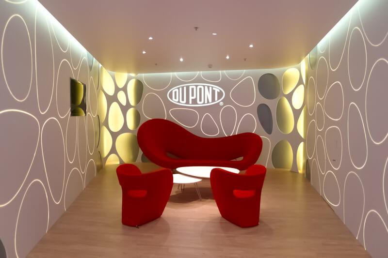 Éclairage complet de la salle d'attente du DuPont Geneva Innovation Center - Crédit photo : JB Henriot